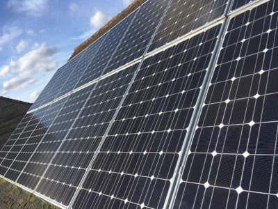 solar panel cleaning Swindon