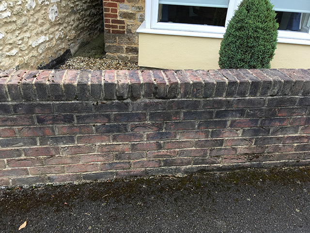wall cleaning Swindon