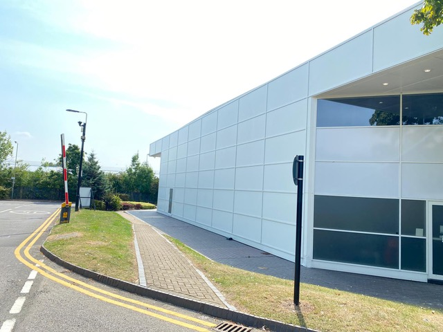 Photos of commercial building cleaned by Soule Window Cleaning